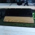 DIY 仕事机のリニューアル(テーブルクロスを貼ってみた)