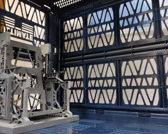 アルティメットコンテナで格納庫風撮影ブース制作(1日目)素組み