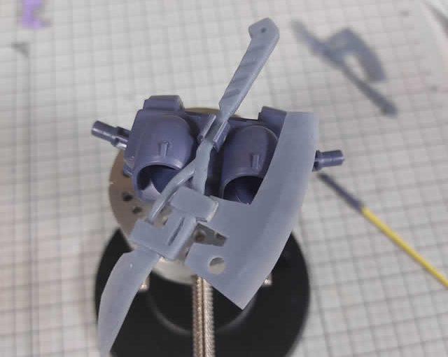 1/144 HG改造 MS-09R ドズル・ザビ専用ドム製作日誌(9日目)ヒートホークの背面取付