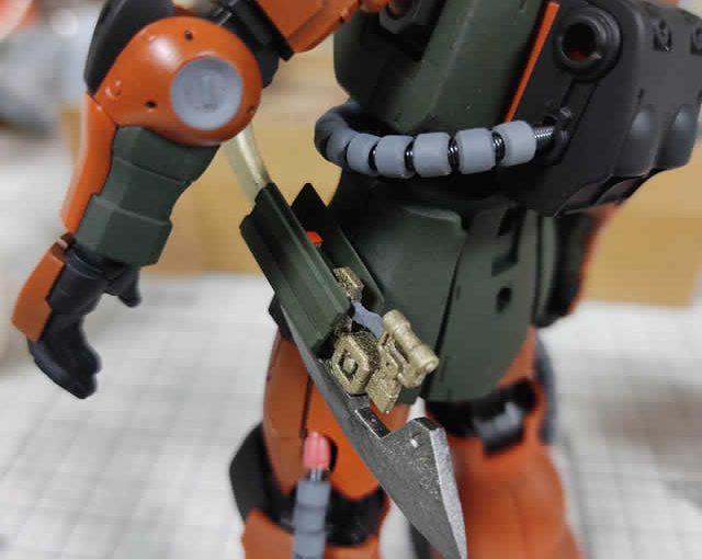 1/144 HG改造 MS-06F ガルマ・ザビ専用ザク製作日誌(12日目)ヒートホークホルダーの造形