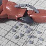 1/144 HG改造 MS-06F ガルマ・ザビ専用ザク製作日誌(7日目)脚部の後ハメ加工と動力パイプのアップグレード